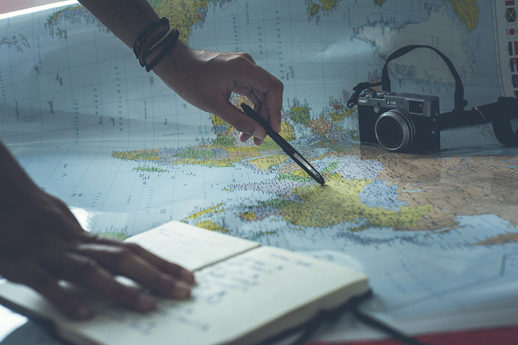 how-to-write-travel-itinerary-cover